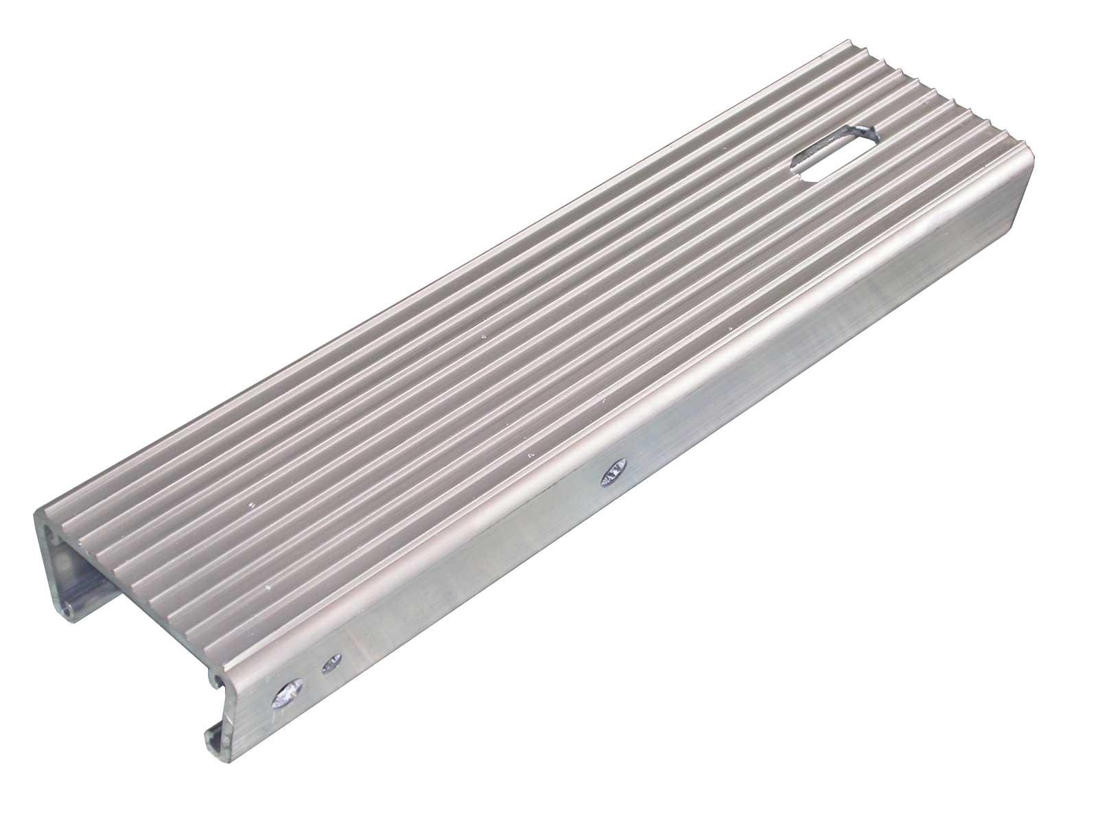 Aluminum Trailer Fenders : Fender step aluminum w u bolt holes load rite trailers